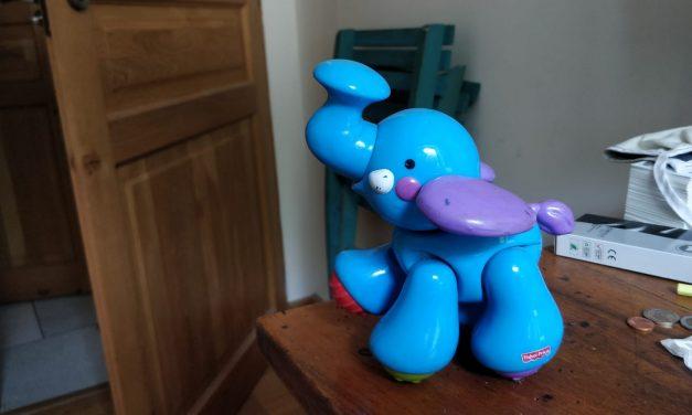 Donne elephant articulé pour bébé